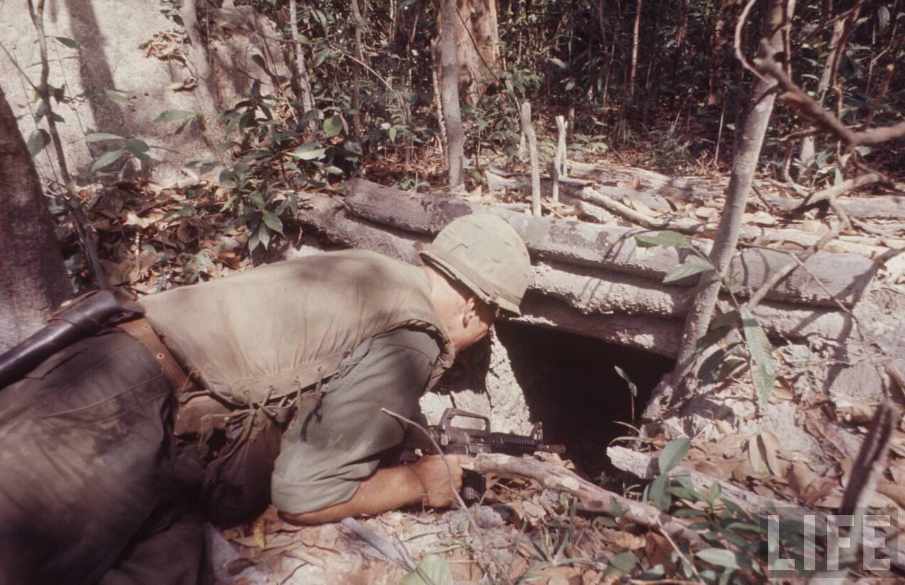 guerre du vietnam - Page 2 U3Vw-OYCKTA