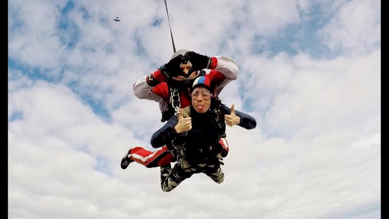 Мой первый прыжок с парашутом Аэродром Логиново Инструктор Андрей Новоселов 22 09 2018