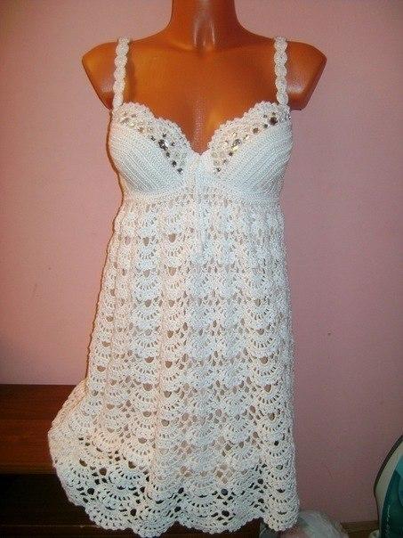 Летние платья крючком от Rene Derhy и Nanette Lepore .  Серебряный дождь - вечернее платье крючком или спицами.