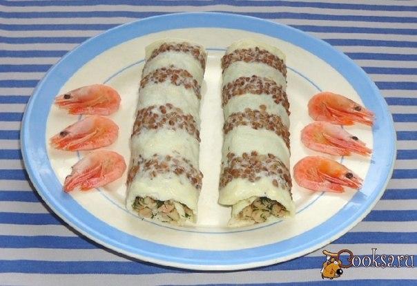 Необычные, вкусные яично-гречневые блинчики с креветками прекрасно подойдут как на завтрак, так и на праздничный стол в качестве закуски.