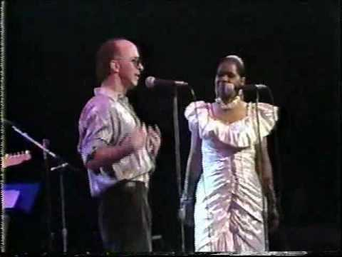 Blues Brothers Band Feat. Carla Thomas and Paul Shaffer - Tramp