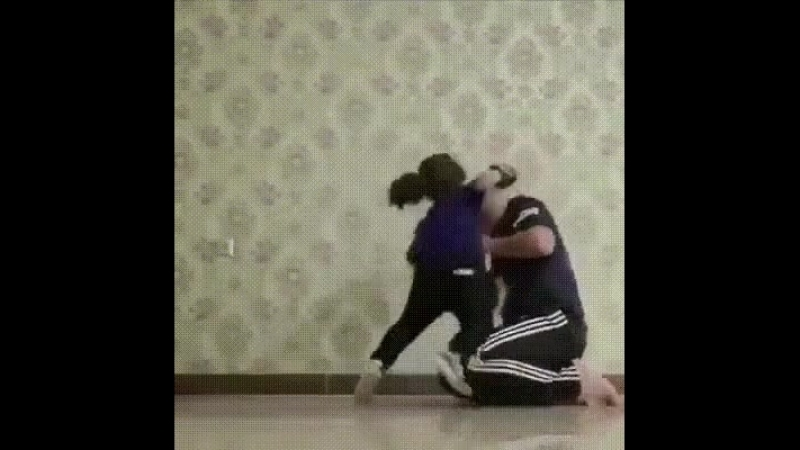 девочка боец