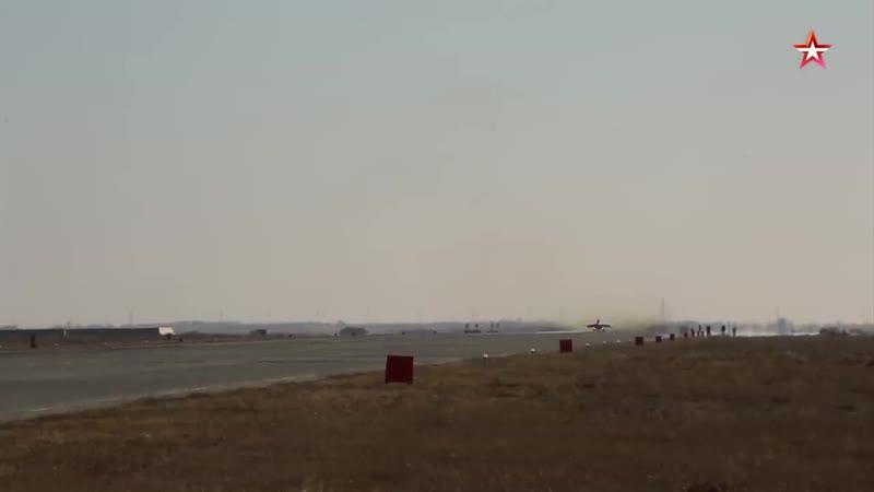 Вертикальный взлет новейшего МиГ 35 на форсаже уникальная видеосъемка