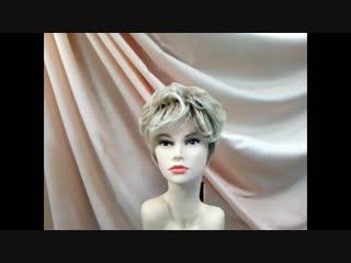 Короткая волнистая женская стрижка.