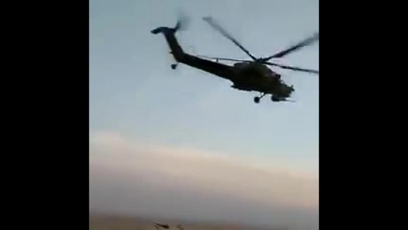 Пара вертолетов Ми-28Н ВКС РФ в Сирии