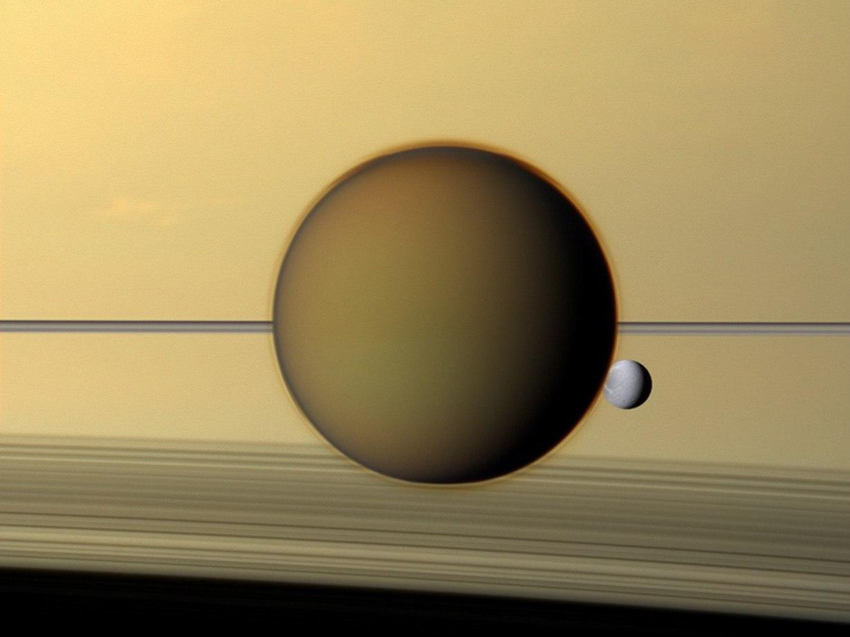 Титан и Диона