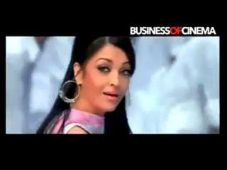 Aishwarya Rai Bachchan's Holi Song from Action Replayy