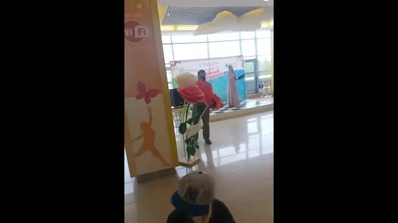Большие цветы на мероприятия Министерство семьи, труда и соц. защиты Башкирия