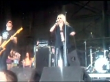 The Pretty Reckless - Make Me Wanna Die (First Midwest Bank Amphitheatre)