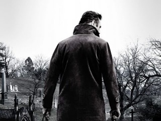 Прогулка среди могил - смотреть онлайн второй трейлер на русском