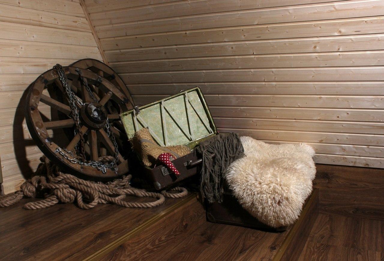 """Аренда фотостудии для фотосессии - площадка """"Сцена"""" в ...: http://napodiume.ru/advert/441388-Arenda-fotostudii-dlya-fotosessii-ploschadka-Scena-v-fotostudii-Lemur"""