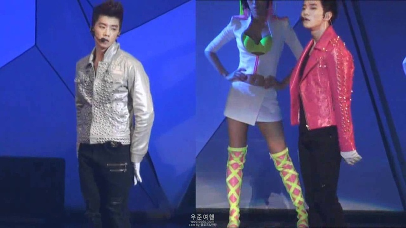 110902 2PM ATC at SEOUL Electricity L-WOOYOUNG R-JUNHO
