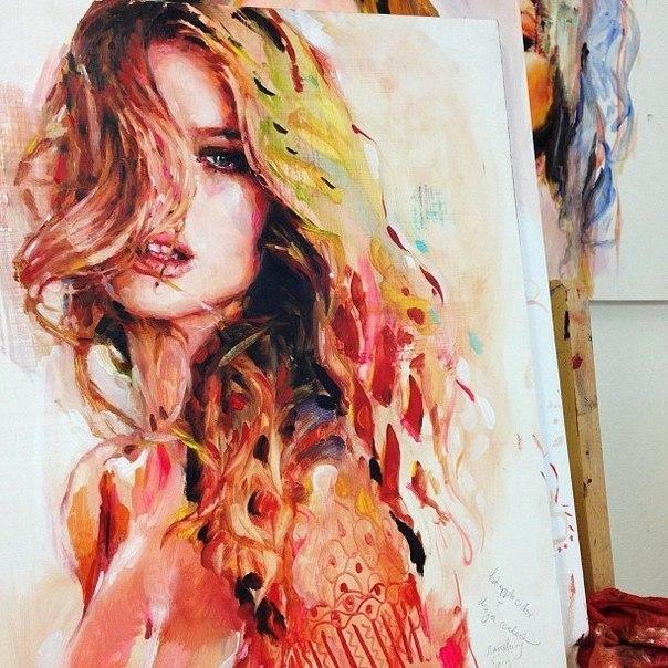 Великолепные женские портреты от художника Charmaine Olivia.