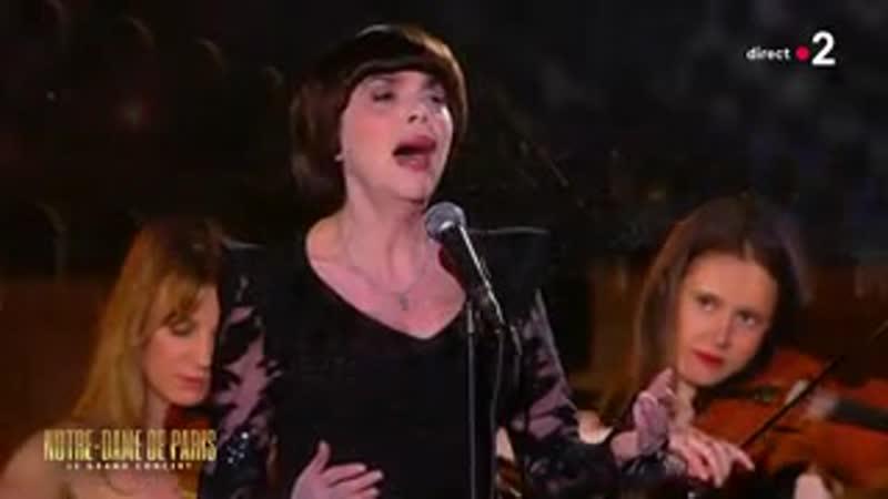 MIREILLE MATHIEU chante l'AVE MARIA de SCHUBERT (LIVE 20/04/2019)
