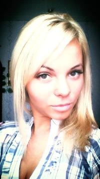 Оленька Антонова