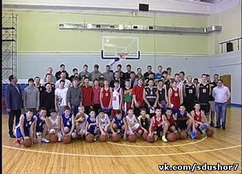 Владелец Brooklyn Nets Михаил Прохоров посетил СДЮСШОР №7