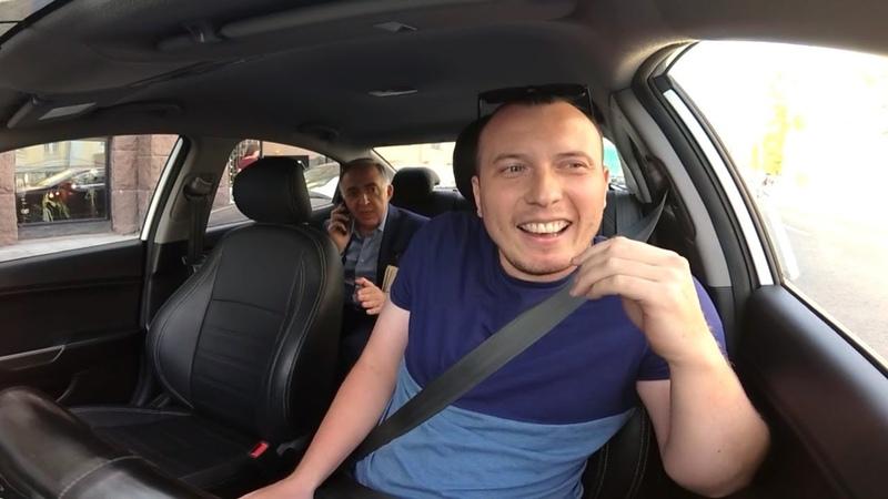 Психически не нормальный водитель такси VS Вежливый пассажир БТ13