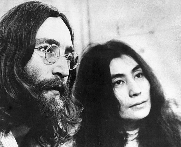 Убийца Джона Леннона впервые попросил прощения у его вдовы, Йоко Оно