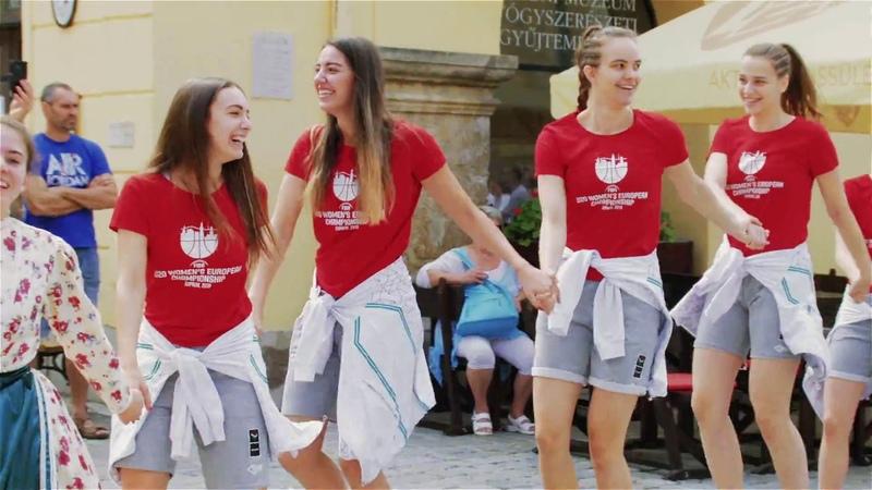 U20 csárdás Sopron történelmi belvárosában
