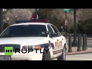 США: Капитолий блокировками после того, как бандит ранения сотрудника полиции.