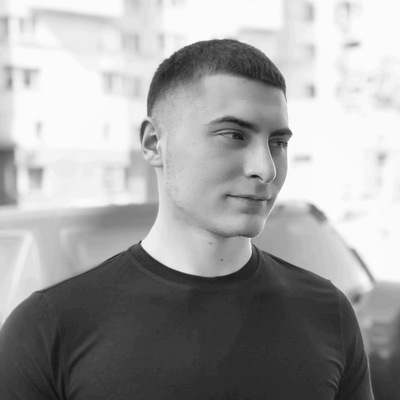 Юра Адамян