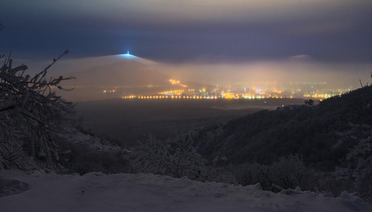 Вид недалеко от Бештаугорского хребта