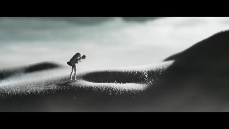 Giant Woman scene from Beyond Sleep (Эротика, 18)