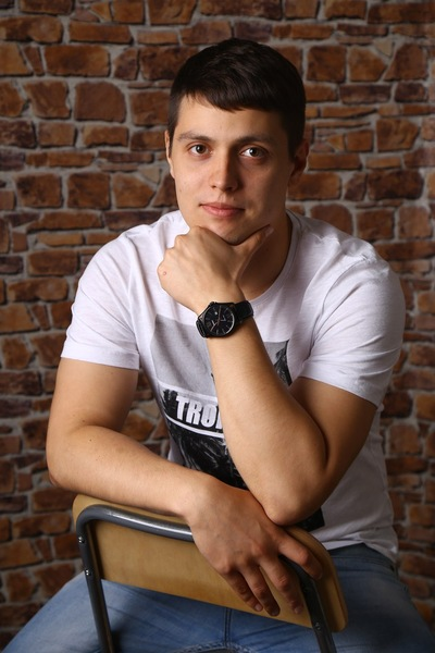 Антон Тумашов
