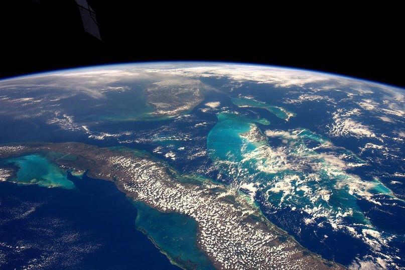 фото из космоса земли находить радость одиночестве