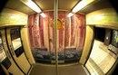 В Париже нашли способ как избавится от граффити в метро.
