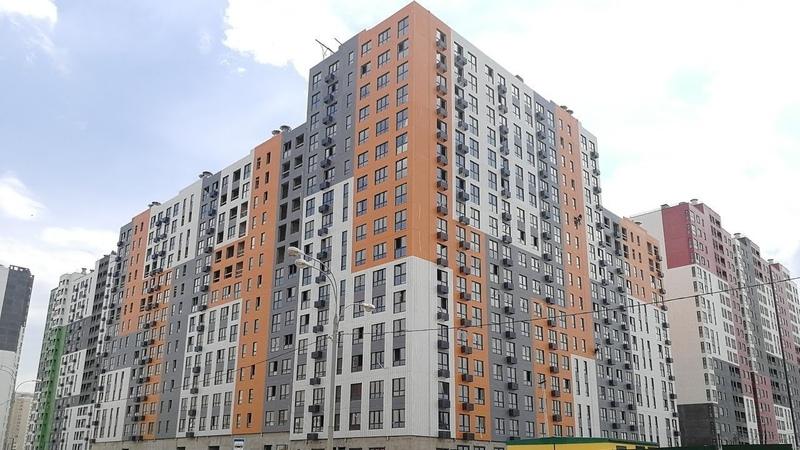 Бутово парк 2 - 28 корпус, 1-я секция, 5 этаж, 3я кв. на площадке (14.07.2018)