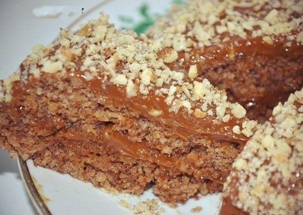 5-минутный ореховый торт без муки и масла  Ингредиенты:  3 яйца...