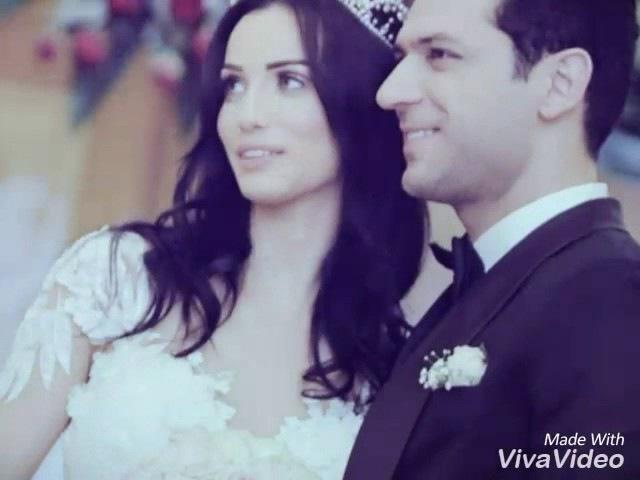 Murat Yildirim y Imane Elbani