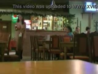 Zuzana Drabinove nude waitress