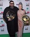 Победители Премии Муз-тв 2017 в номинации Лучший дуэт - Максим Фадеев и Наргиз!