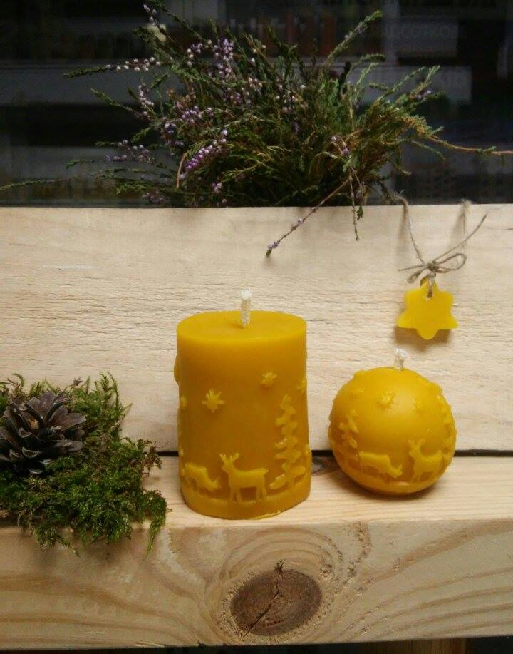 Новорічні свічки з натурального воску