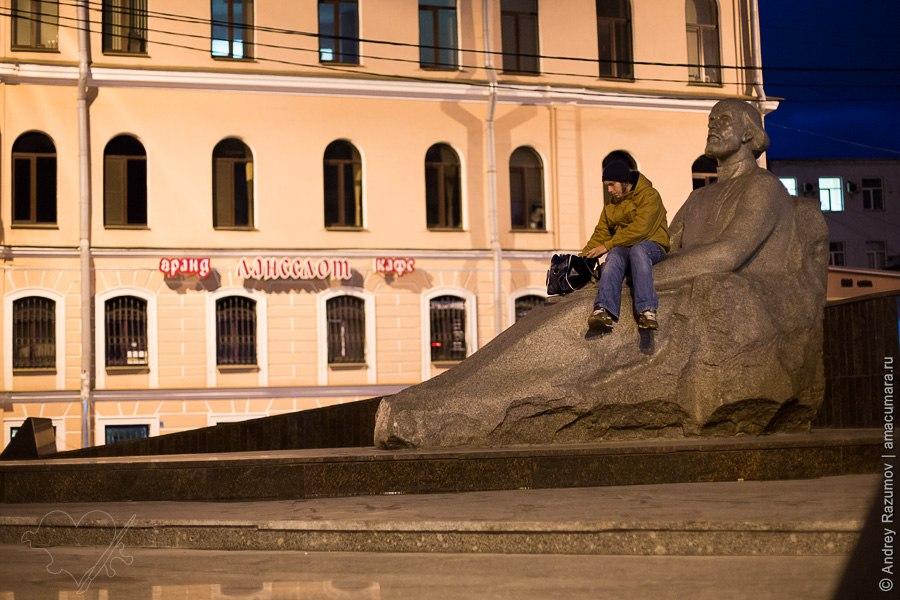 Памятник Циолковскому в Санкт-Петербурге