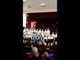 Музыка в исполнении сводного хора младших и средних классов лицея
