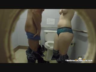 Public spy cam скрытая камера туалет сиськи частное домашнее малолетки