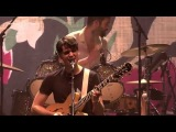 Vampire Weekend - Finger Back (Live at Le Z
