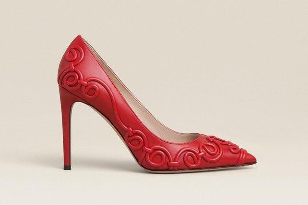 Как вам такие туфли от Valentino?
