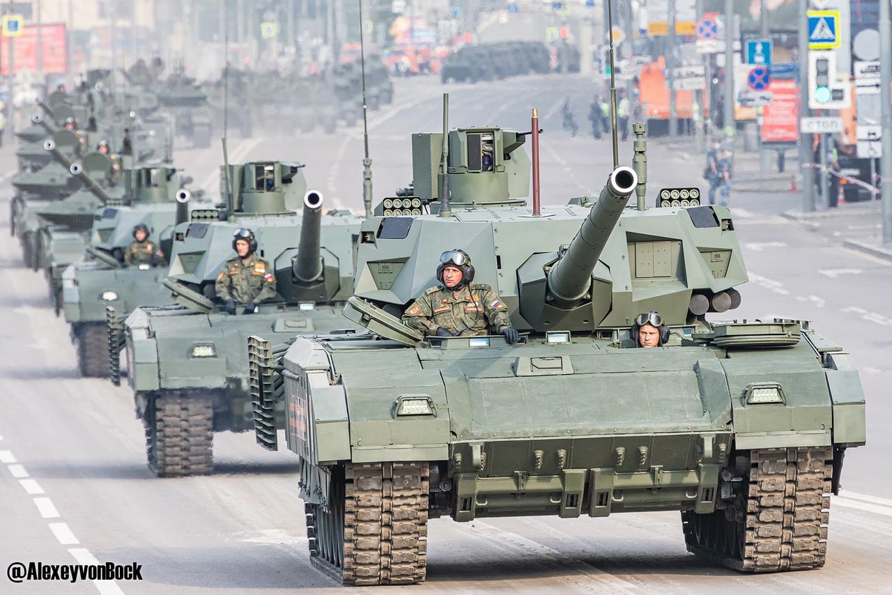 الدفاع الروسية تنشر صورا للعرض العسكري التجريبي الخاص باحتفالات عيد النصر CUP3uWirn7k