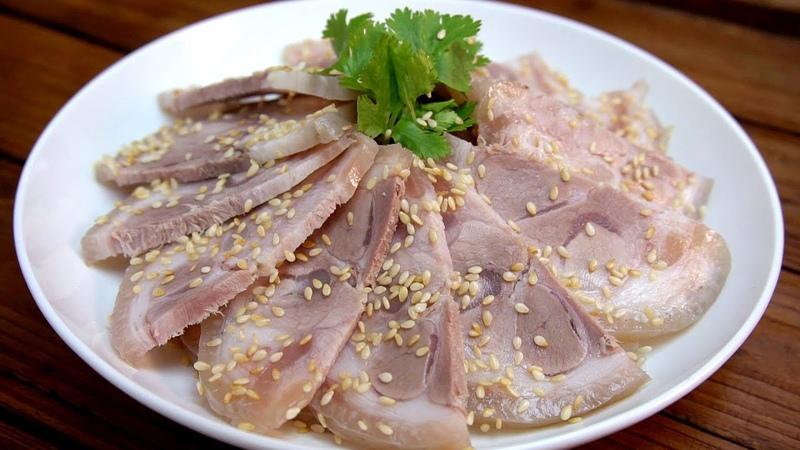 广式白切猪脚好吃有诀窍,蘸料和做法都告诉你,比饭店里的还好吃