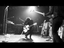 The Dead Weather - Treat Me Like Your Mother (2009, live at the Roxy, LA)