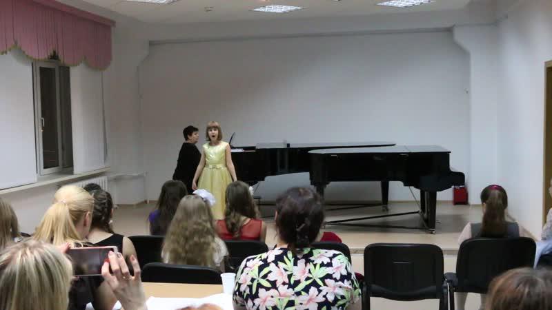 исполняет вокализ Мария 8 лет