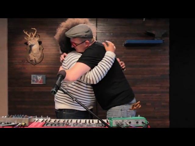 Josh Homme Reggie Make Music - Comedy Bang Bang 2013