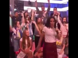 Наталья Орейро в прямом эфире Европы Плюс исполнила хит United By Love