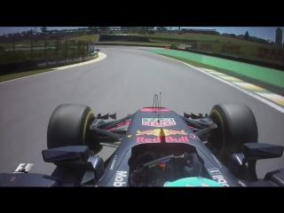 2017 Brazilian Grand Prix_ Hamilton And Ricciardo Come Back Through The Field