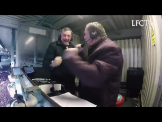 Pure passion. Watch @Realaldo474 and @Shunter77 go mad in the gantry... ️ - - Hoping for more moments like this on Wednesday! -