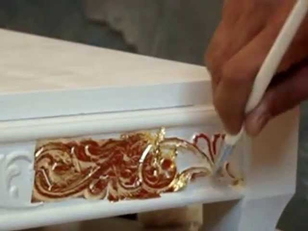 «Золочение» - нанесение на поверхность изделия листового (Поталь) золота, серебра и других металлов